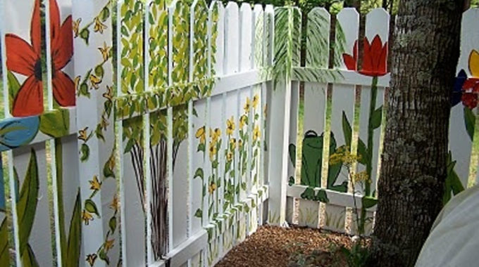 Wood Fences Vinyl fencing is more thrilling
